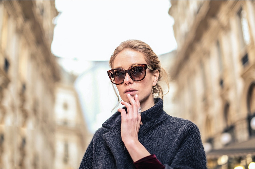Γυαλιά ηλίου: Τι πρέπει να προσέχεις στους φακούς και κάθε πότε πρέπει να τα αντικαθιστάς;