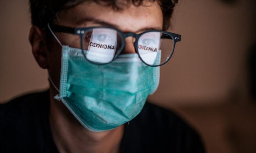 Κορωνοϊός: Τι μπορεί να συμβεί αν φοράτε γυαλιά για τη μυωπία
